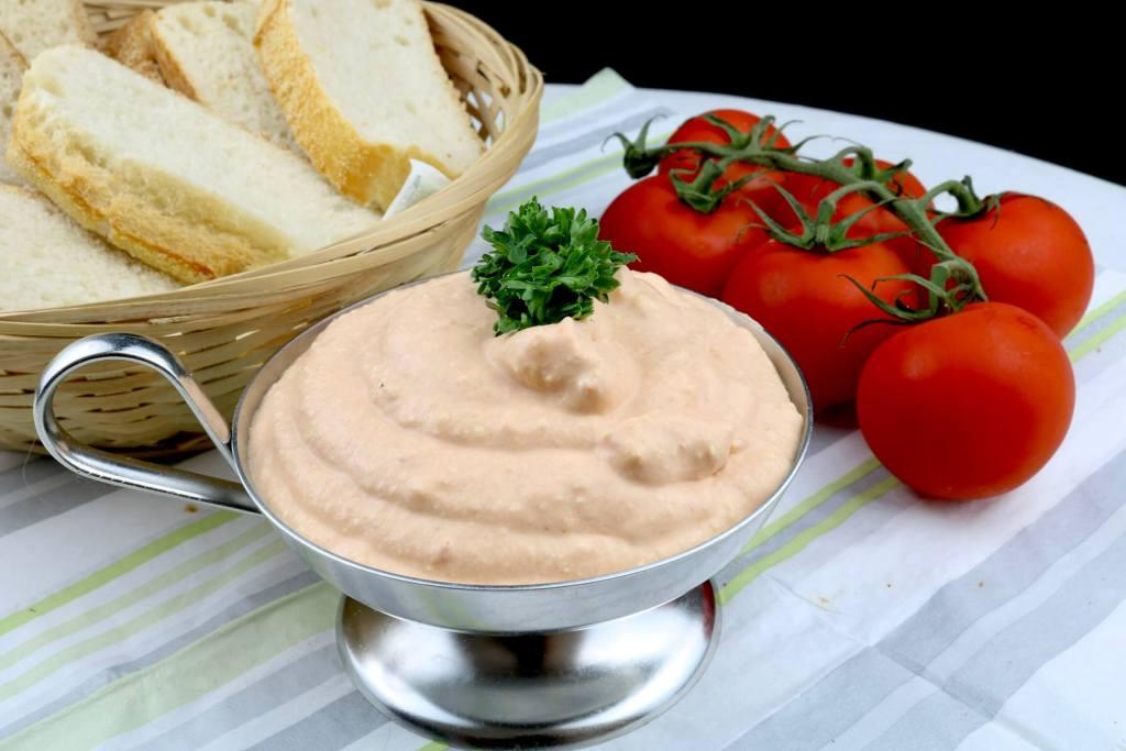 Tomaten Feta Frischkäse Dip