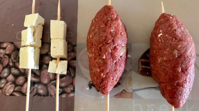 Vorbereitung Gefüllte Bifteki Spieße