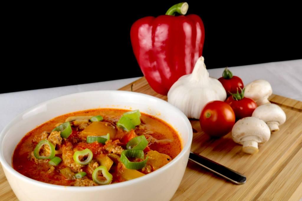 Zubereitung Herzhafte Hackfleisch Suppe