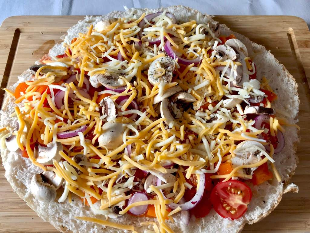 Zubereitung Vegetarische Fladenbrot Pizza