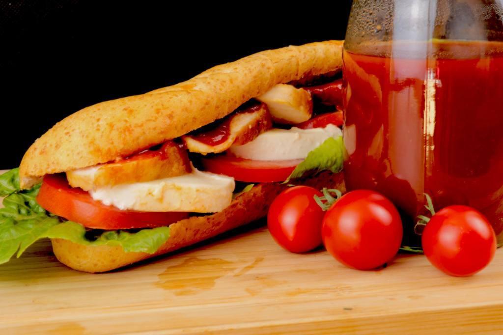BBQ Chicken Sandwich Baguette