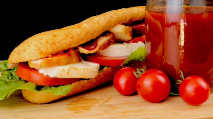 BBQ Chicken Sandwich Baguette