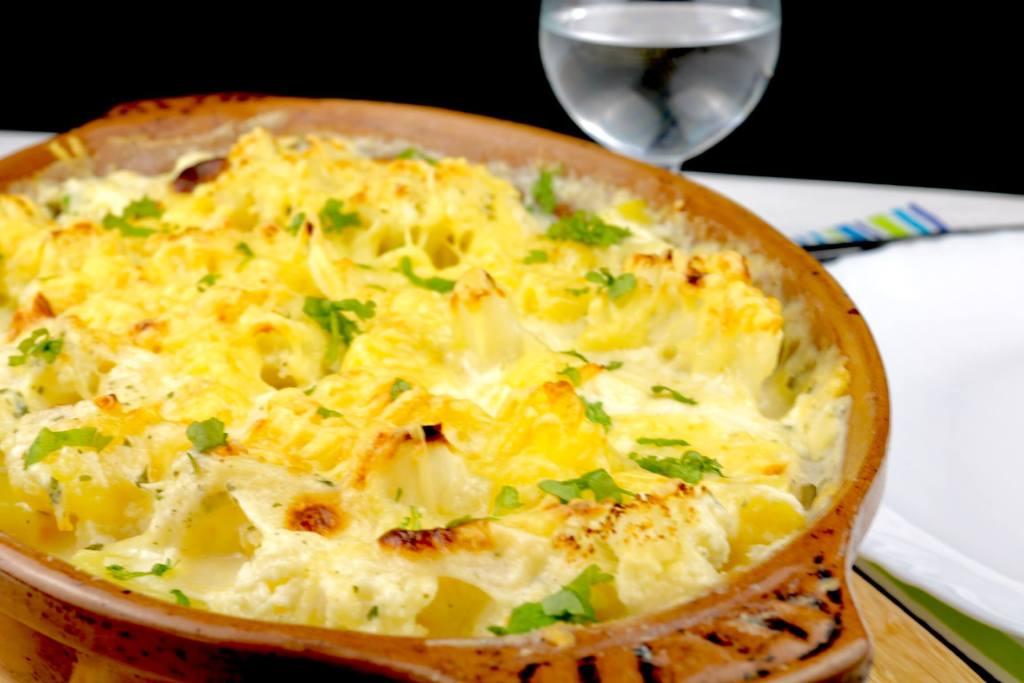 Einfach und Lecker Kartoffel Blumenkohl Auflauf