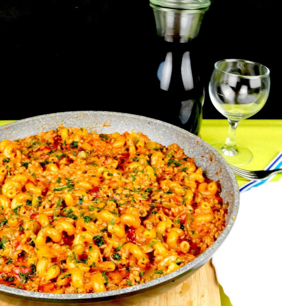 Serviervorschlag Tomaten Paprika Hack Pfanne