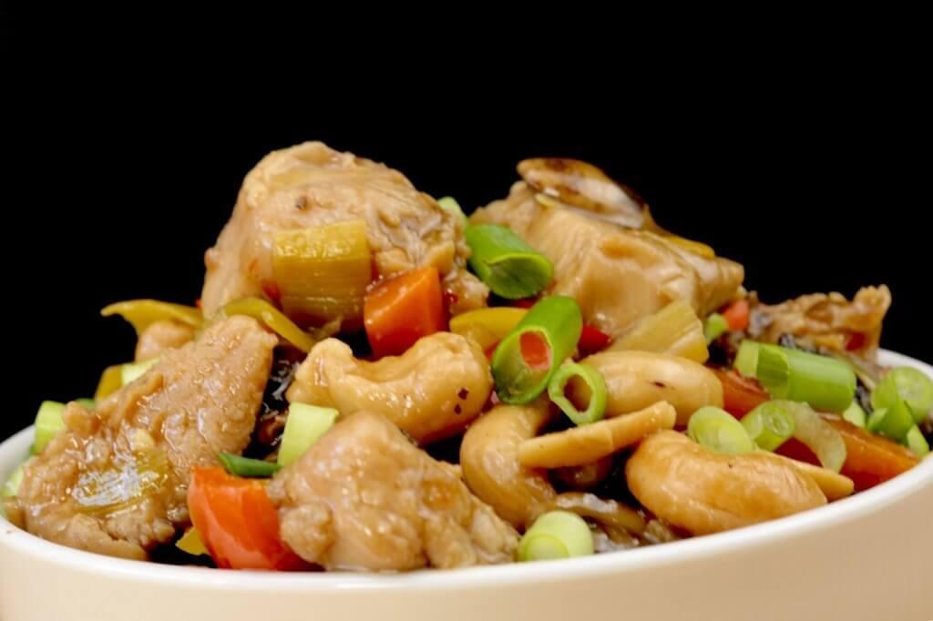 Vorbereitung Würziges Cashew Huhn