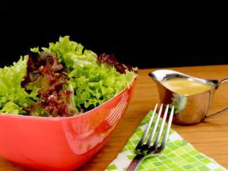 Salat Trio mit einem süßen Senf Dressing