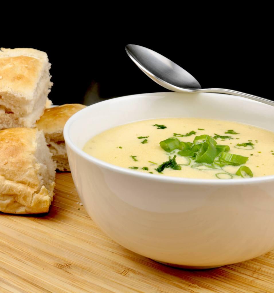 Zubereitung Knoblauch Parmesan Suppe