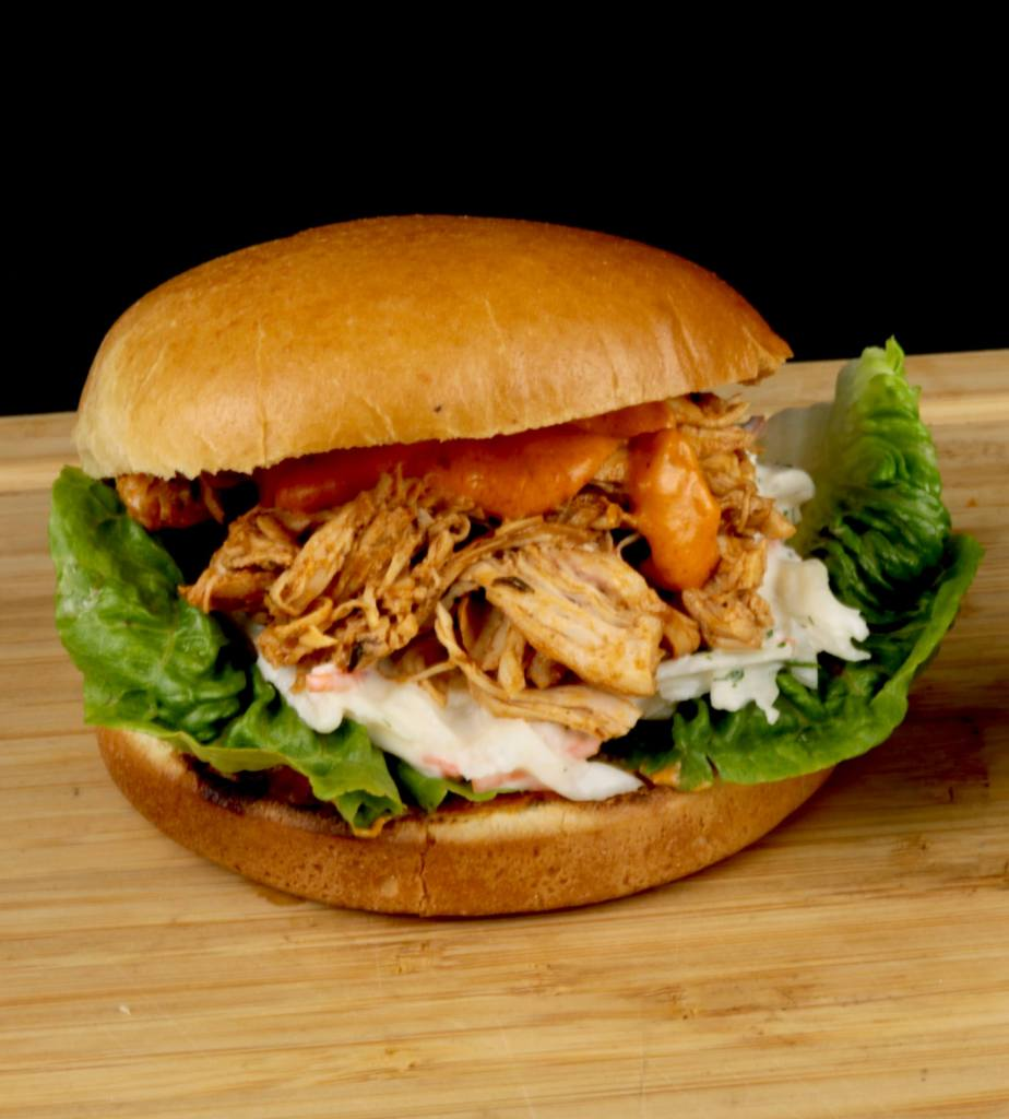 Burger Rezeptidee Metaxa Pulled Chicken Burger
