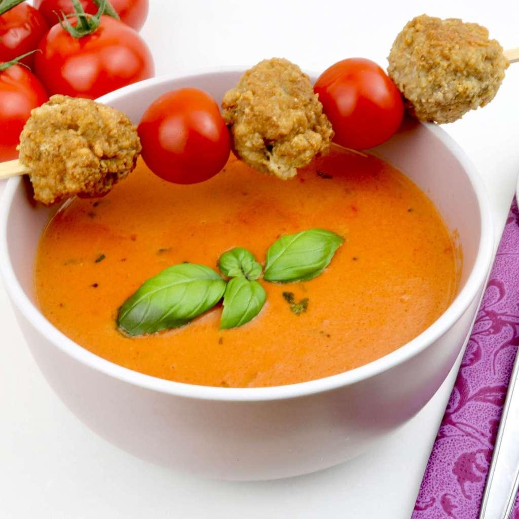 Zubereitung Tomaten Ziegenkäse Suppe