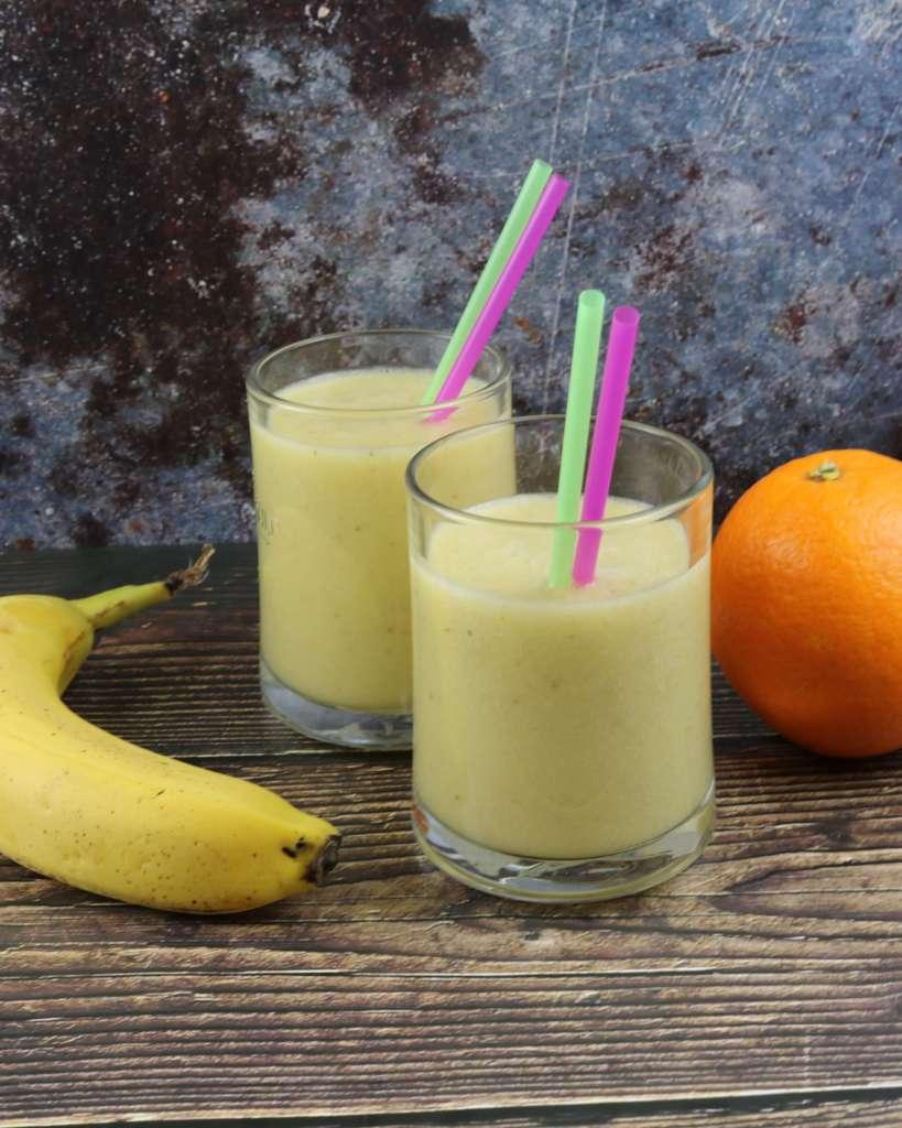 Serviervorschlag Bananen Orangen Kokos Smoothie