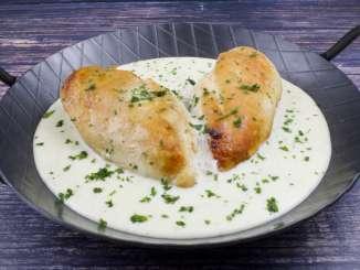 Hähnchenbrust Pfanne mit Gorgonzola Sauce