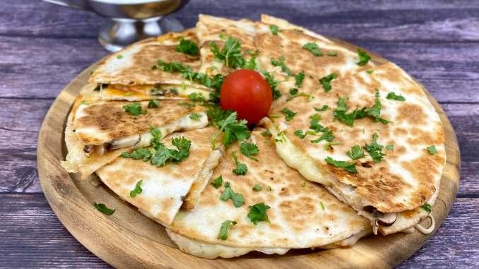 Käse Quesadillas mit Champignons