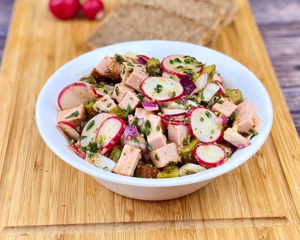 Leberkäse – Radieschen Salat