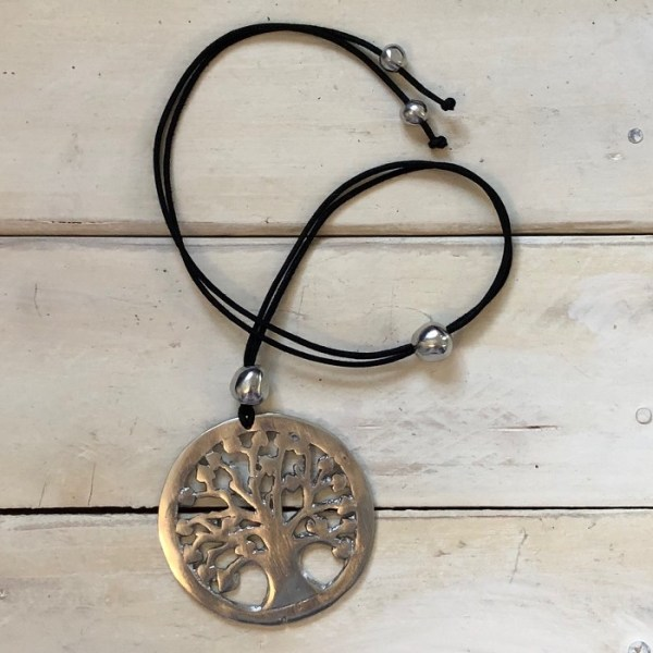 tree of life necklace crop