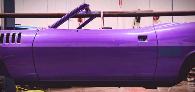 1971 Plymouth 'Cuda Convertible In Violet color