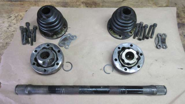 1979 VW Beetle - Passenger Axle Disassembly