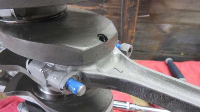 2020 Engine Build - Rod install