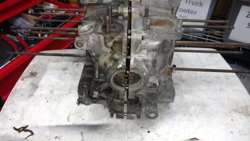 AH Engine - Case not clean vs clean