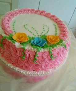 mable green - Mable Cake With Butter White and Pink Icing
