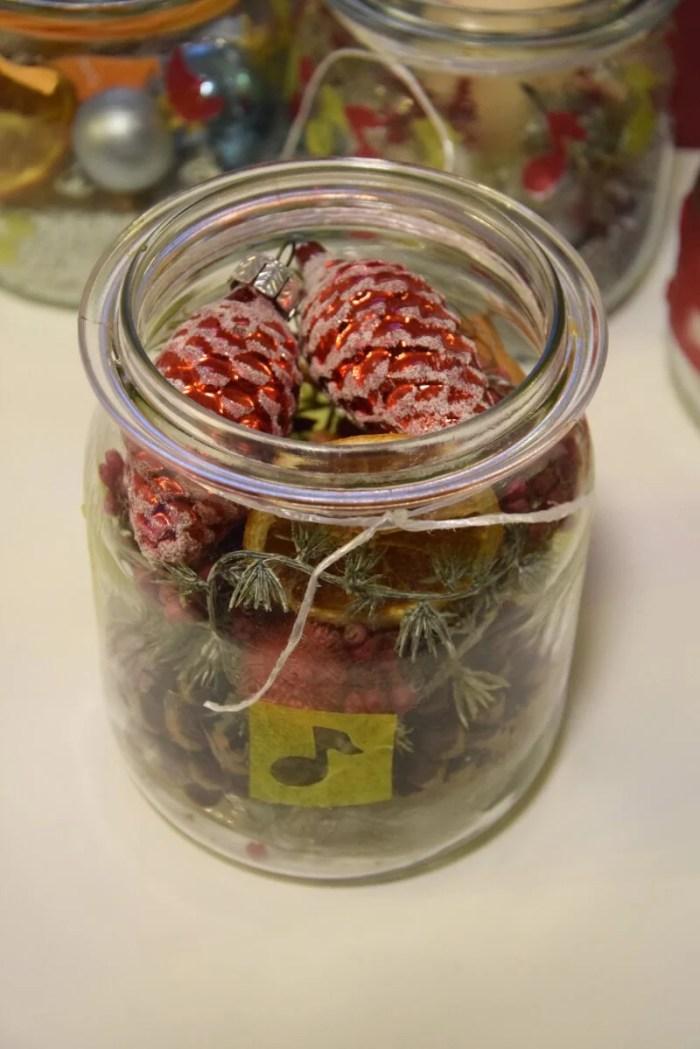 DIY-Weihnachtsdeko: Upcycling Einmachgläser