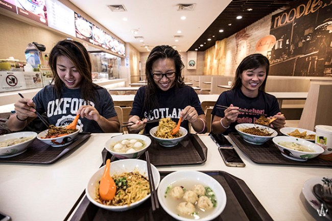 life-of-team-singapore-national-kayak-chen-sisters-team-3