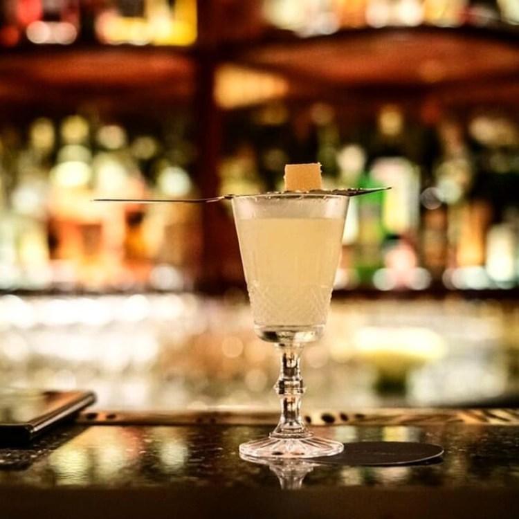 themed-bars-singapore (27)