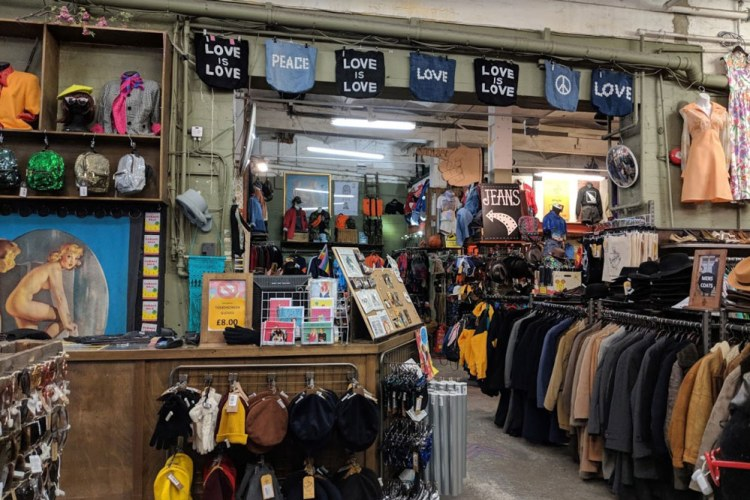 london-thrift-stores (5)