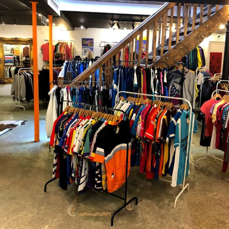 london-thrift-stores (6)