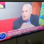 EL DESTINO DEL GOBIERNO SE JUEGA EN LA POLÍTICA, NO EN LA ECONOMÍA (Un diálogo por TV)
