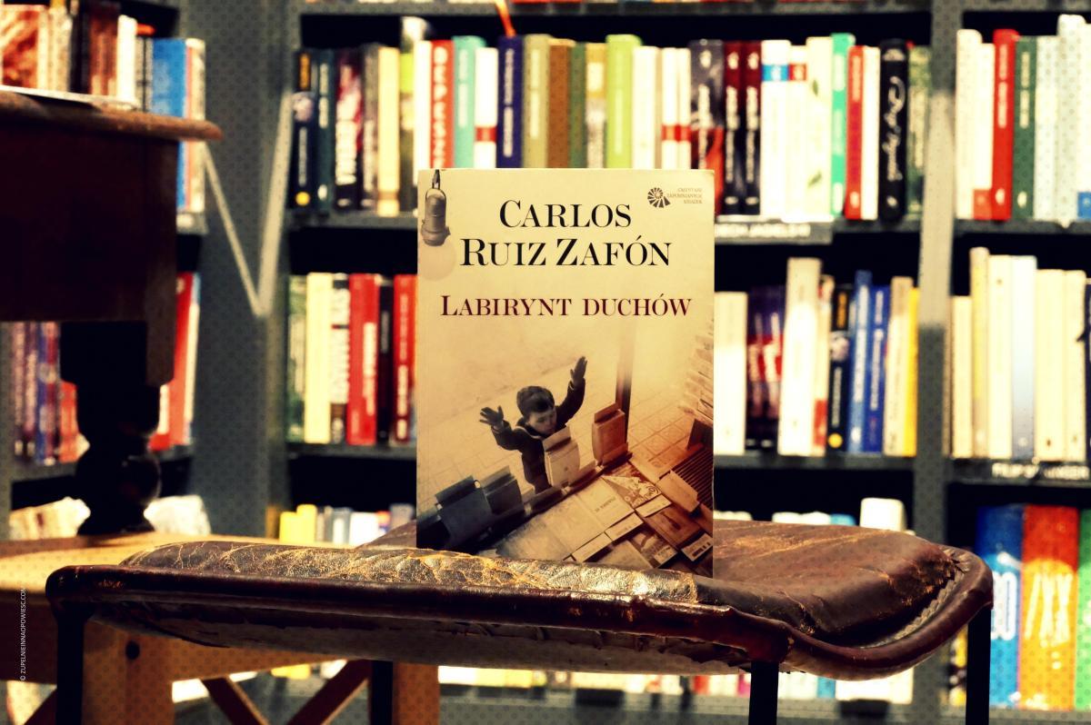 Alicia w krainie Franco | Carlos Ruiz Zafón, Labirynt duchów