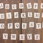 アルファベットの文字の強さやデザインとロゴについて