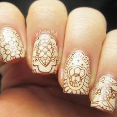 nail art designs to wear on navratri 10