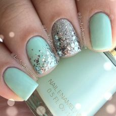 easy nail art designs for New Years 04