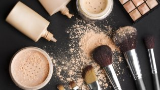 Makeup Products to Keep Stocked Up 03