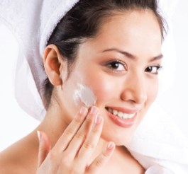 Fine-tune your Skin Care Routine with Every Age 01