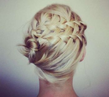Easy hairstyles to do on Valentines day 02