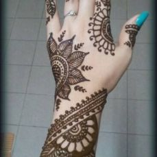 mehndi design for the summer bride 38