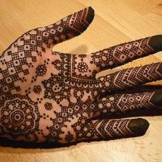 mehndi design for the summer bride 40