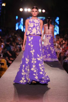 Manish Malhotra collection 08