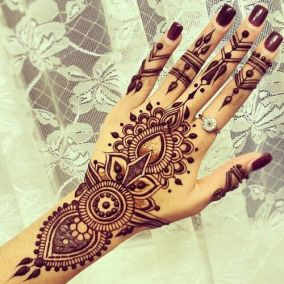 Simple mehndi designs 12