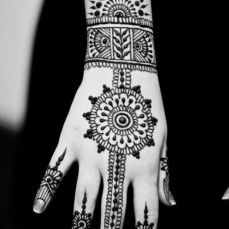 Simple mehndi designs 14