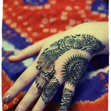 Simple mehndi designs 16