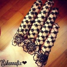 Mehendi Designs for Your Hands 7