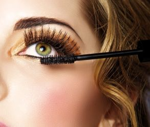 best way to apply eye makeup 04