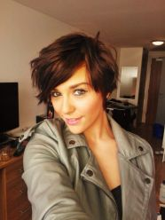 Short hairstyles for thin hair 12