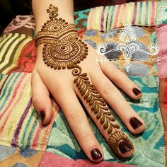 beautiful-mehndi-designs-23