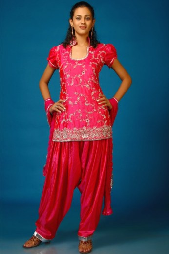 traditional-dresses-04