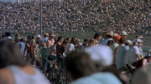 death-race-2000-crowd