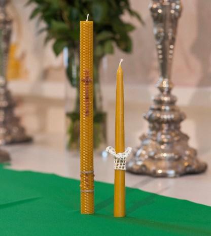 Natūralaus vaško korinė krikšto žvakė