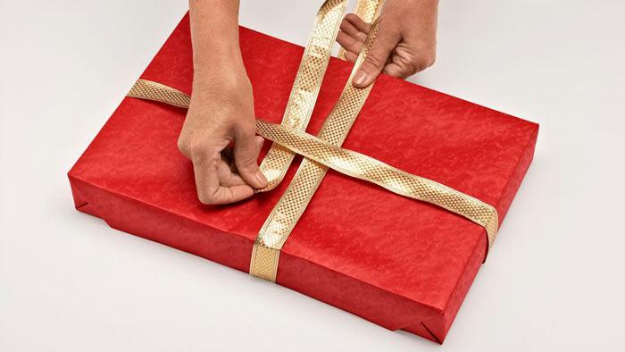 ในภาพที่ปรากฎ - วิธีการบรรจุของขวัญข้าว ห่อริบบิ้น